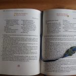 Handgebundenes Kochbuch fertig mit Lesezeichen
